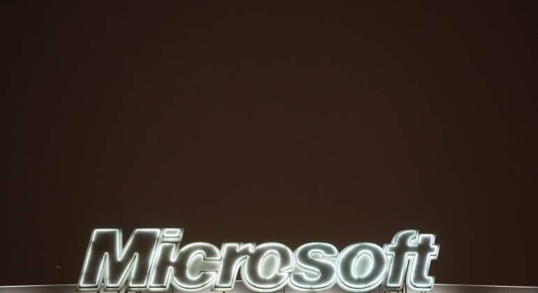 microsoft-770-420-reuters.jpg