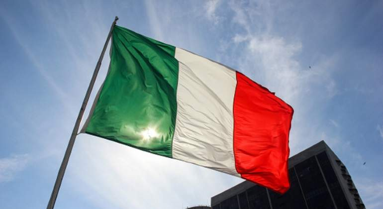 italia-bandera-sol.jpg