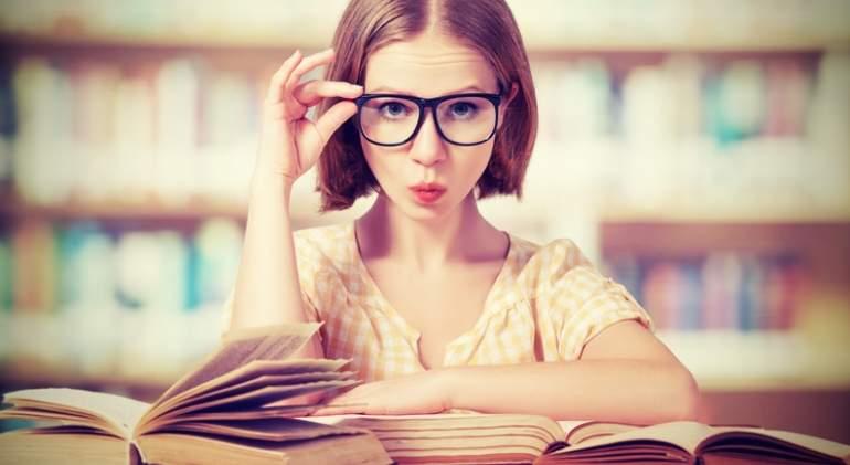 estudiar-gafas-libros-dreams.jpg