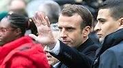Los chalecos amarillos mantienen en jaque a Macron: el Gobierno llama al diálogo y propondrá medidas