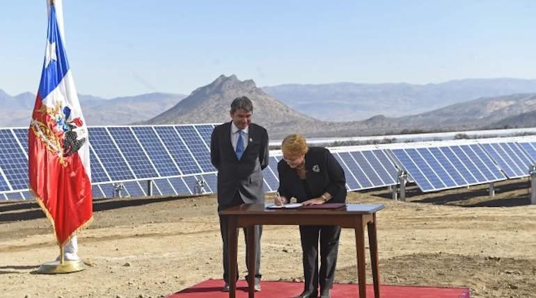 Chile firma Acuerdo de París sobre cambio climático