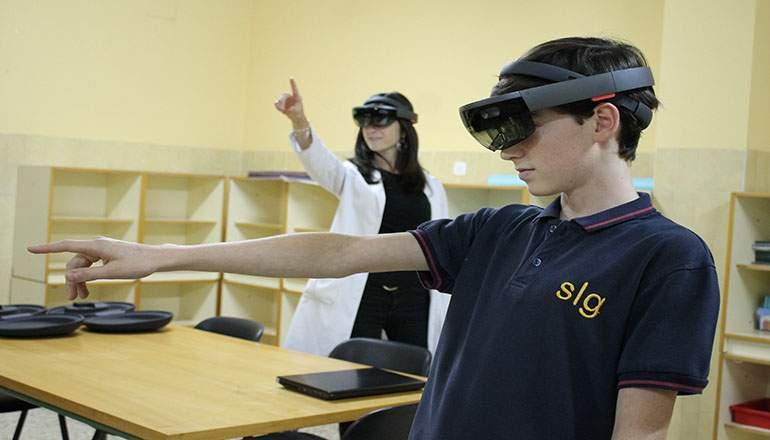 La realidad aumentada entra en las aulas gracias al Colegio Engage y la aplicación HoloSharedExperience para Hololens de Kabel