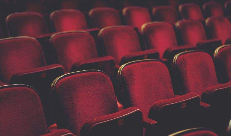 cinema-2938762_2983.jpg