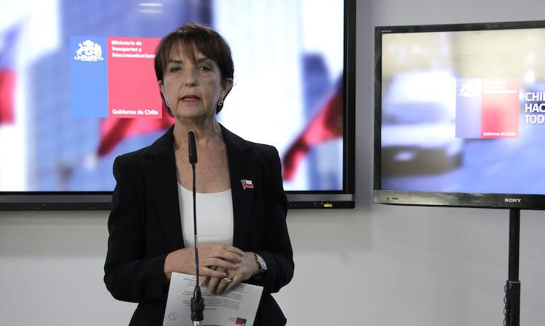 Ministra Hutt anuncia nueva licitación para Transantiago y declara desierto proceso anterior