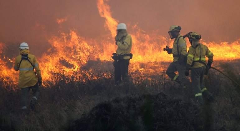 incendio-lalinea-efe.jpg