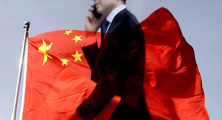 China limitará inversiones en el exterior