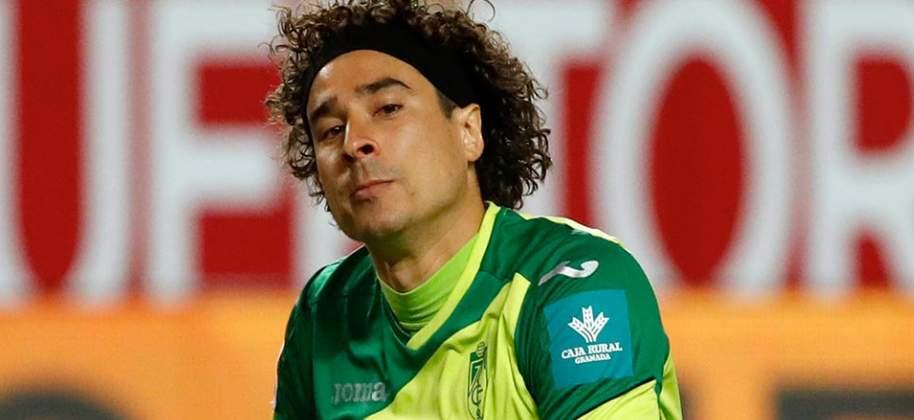 Guillermo-Ochoa-1.jpg