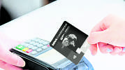 Imagen-pagando-con-tarjeta-paltinium-lifemiles.jpg