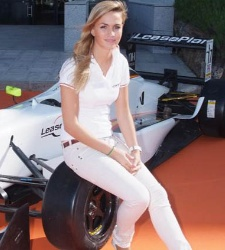 La piloto Carmen Jordá critica el machismo en la F1 tras el accidente de De Villota
