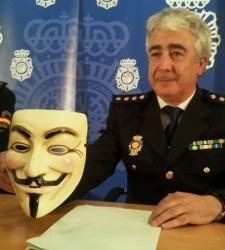 anomymous-policia.jpg