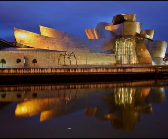 Museo Guggenheim en Bilbao, España
