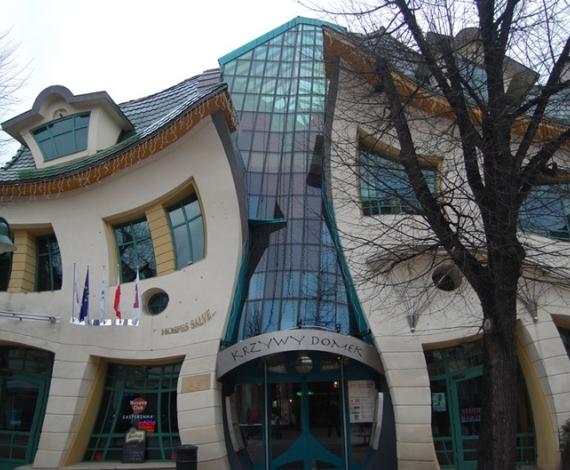 Casa torcida en Sopot, Polonia.