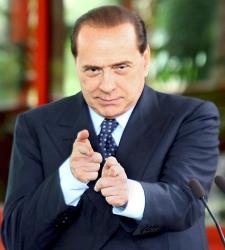 Berlusconi_dispara.jpg