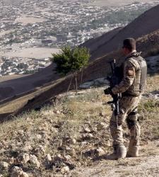Abuchean a un soldado homosexual estadounidense durante un debate republicano