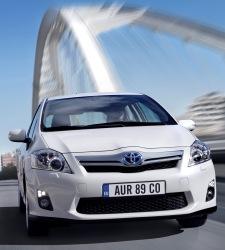 Toyota quiere coches híbridos más asequibles: ofrece descuentos de 2.300 euros