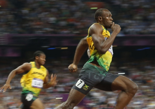 El jamaicano Usain Bolt se hizo con la medalla de oro en la prueba de los 200 metros en los Juegos Olímpicos. Londres, 9 de agosto de 2012. -
