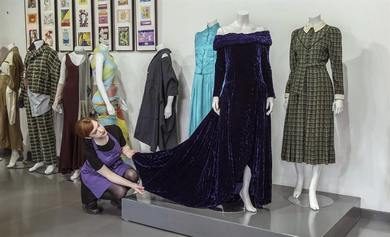 Salen a subasta 3 vestidos de Diana de Gales (uno de ellos por más de 58.000 euros)