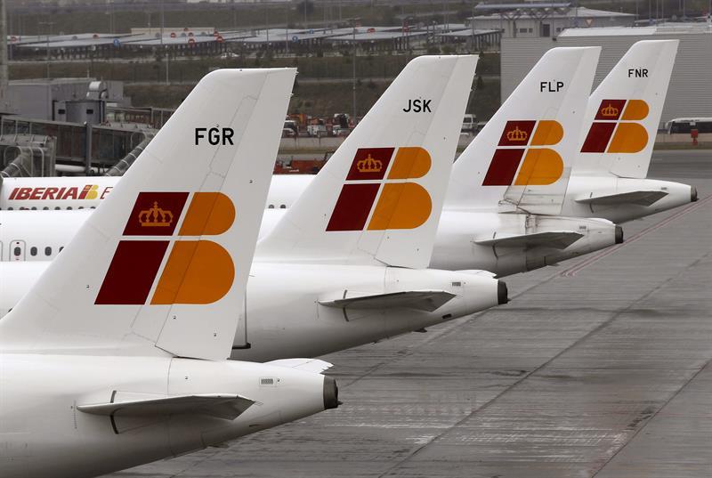 Iberia se une a vueling para operar el puente a reo y for Oficinas vueling barcelona