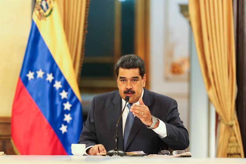 Maduro condecora al principal rabino israelí en Venezuela