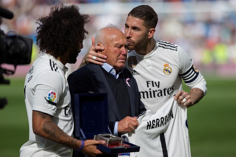 68cbafbbd518e Salen a la luz las primeras fotos de la camiseta del Real Madrid ...